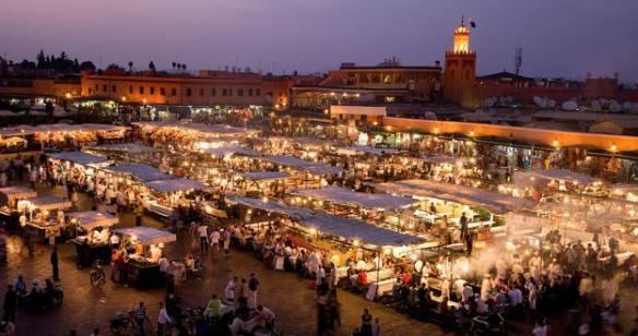 Mercado noturno de Jemma El Fna - Marrakesh - Foto: BBC