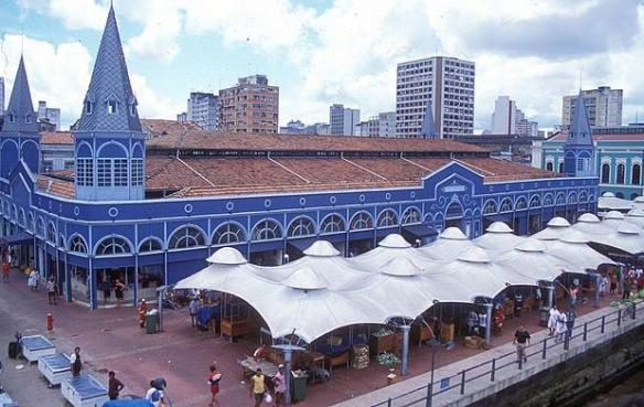 E para fechar o post, o mais belo de todos: Mercado Ver-o-Peso - Belém do Pará - Foto: BrasilTurista