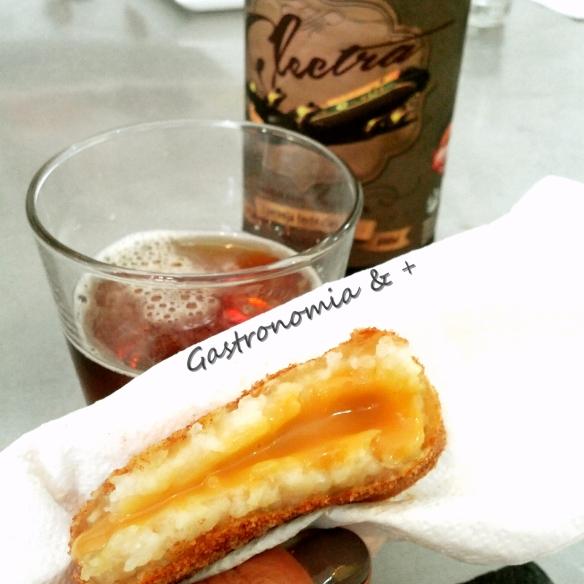 Sobremesa do Bem recheado de doce de leite quentinho, com açucar e canela. Imagina só!