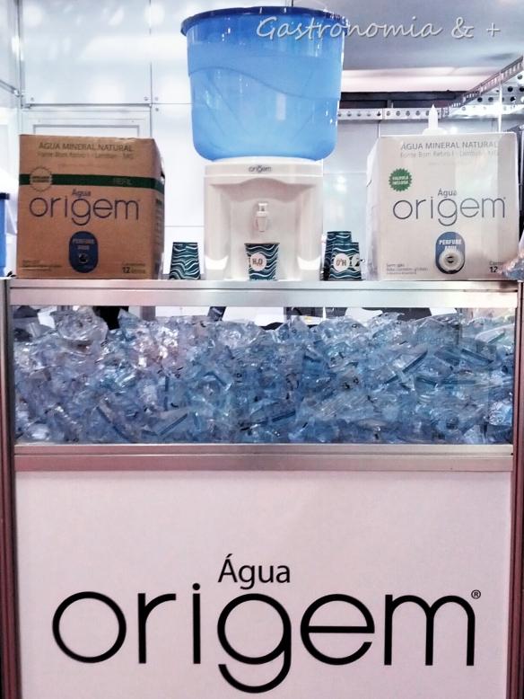 Agua em ecobags totalmente recicláveis e super portáteis! @aguaorigem