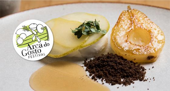 Compota de pera, burrata de búfala, tomilho limão, mel de uruçu - Epice