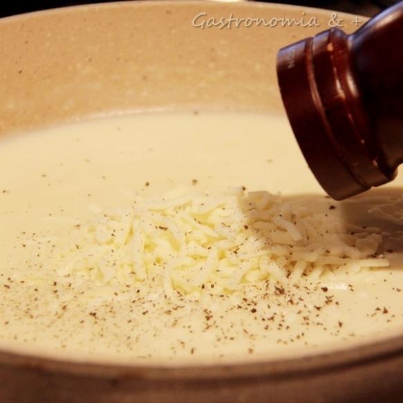 Creme de queijo aveludado que abraçará toda a maciez da berinjela!